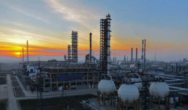 «Газпром нефть» повышает глубину переработки наОмском НПЗ до99%