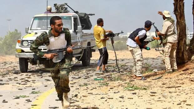 После отставки главы «МВД» ПНС Ливии в Триполи начали убивать сирийских наемников