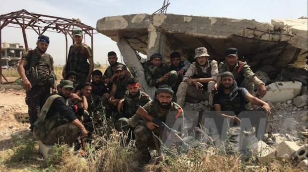 Самолеты ВКС РФ ударили по району на турецкой границе в Сирии, где были сотни боевиков