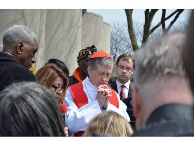 Ватикану рекомендуют расследовать деятельность американских епископов
