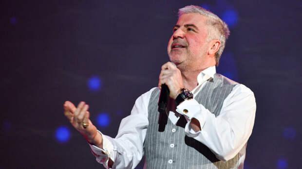 Сосо Павлиашвили объяснил, почему зрители смотрят «голубые огоньки»