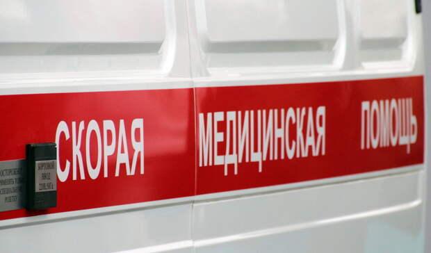 Водитель грузовика сбил девочку натерритории школы вРостовской области