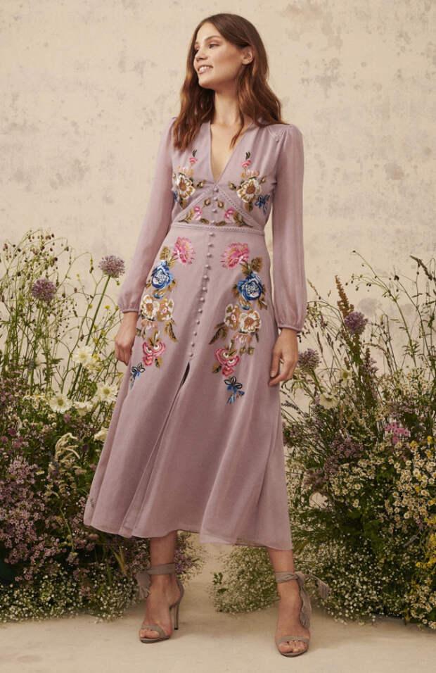 Самые цветочные платья из весенней коллекции Hope & Ivy 2020