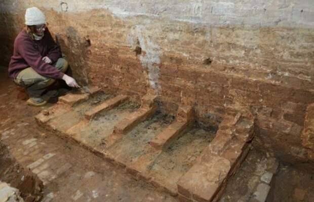 Открытие на древних раскопках: «Кухня Хемнингса в Монтичелло».