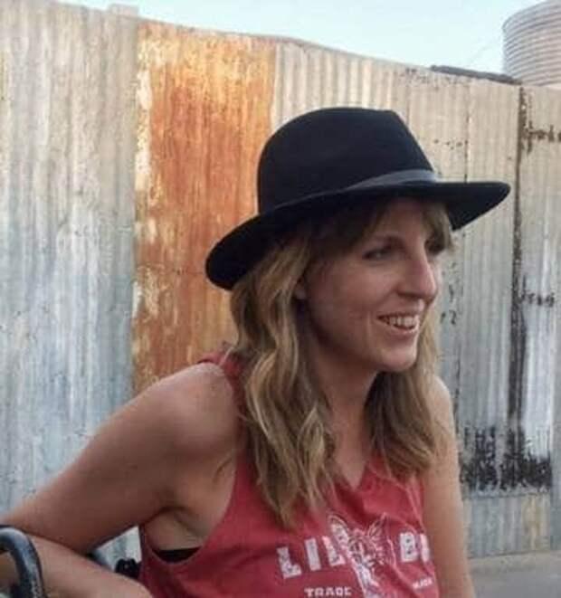 Падение ипрозрение: журналистка вынуждена была пить свою мочу, чтобы выжить впустыне