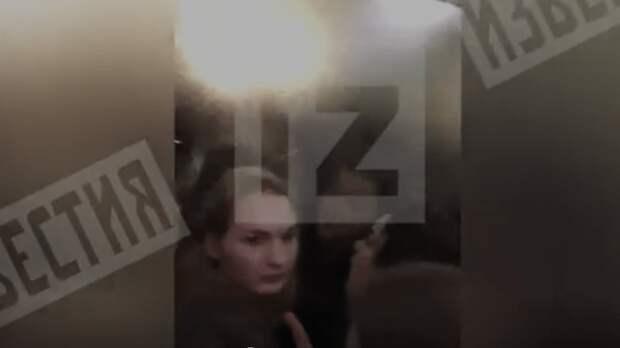 Опубликованы кадры из застрявшего лифта в московском вузе