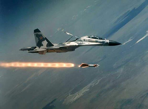 Ракетный удар, нанесенный российским Су-30СМ, привел в восторг пользователей Сети