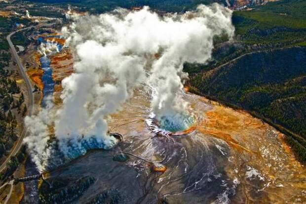 В НАСА заявили, что вулкан Йеллоустоун страшнее любого астероида
