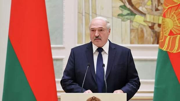Лукашенко заявил о необходимости интенсификации отношений с Москвой