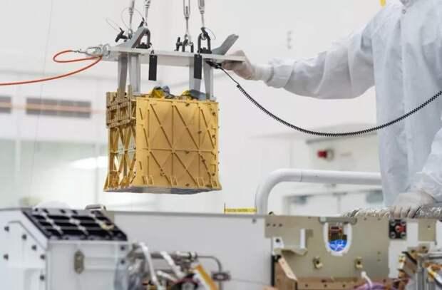 На Марсе впервые получили кислород