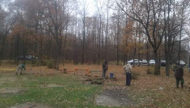 В Климовске приступили к планировке территории под детскую площадку