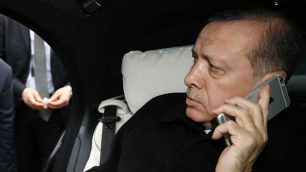 Эрдоган призвал турок отказаться от WhatsApp