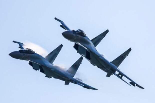 Истребители ВКС РФ «отхарассили» корабль НАТО в Черном море