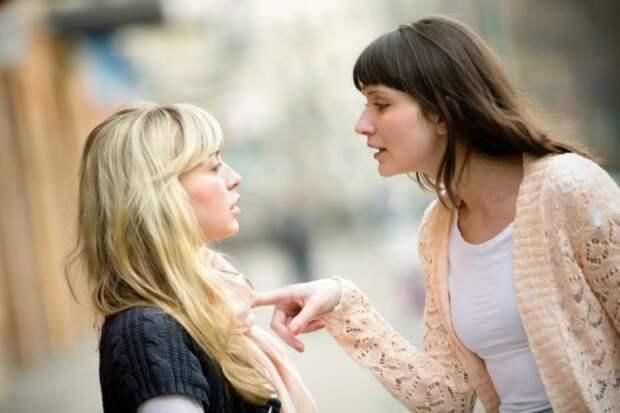Рассказала правду мужу сестры, а она меня обвиняет, что я разрушила ее семью