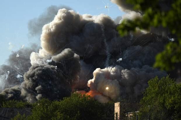 В Сербии потушили очередной пожар на оборонном заводе