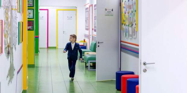 Ремонтные работы в школе в Светлом проезде подходят к завершению