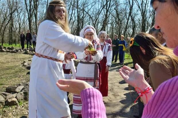 «Украинцы — самая древняя нация». О чем рассказывает украинский учебник