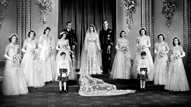 Какой свадебный подарок Елизавета II получила от матери принца Филиппа