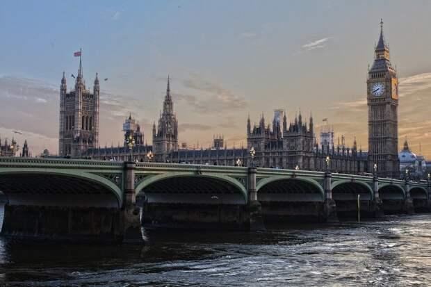 В Лондоне назвали причины укрепления ядерного арсенала