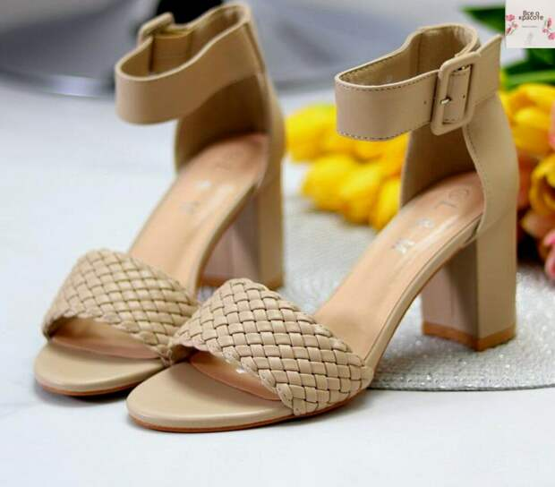 Восхитительная, стильная и актульная обувь сезона лета в бежевых оттенках красоты: идеальные варианты 2021!