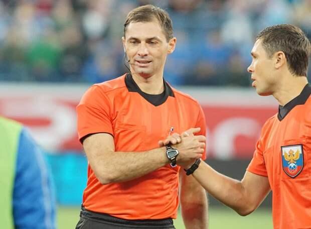 42-летний Еськов решил завершить карьеру футбольного арбитра. Вынудили или сам ушел?