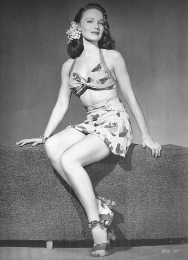Красотка из 40-ых Дороти Харт