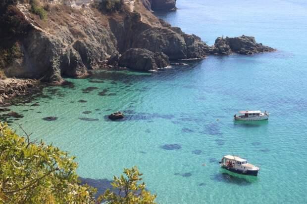 В море по паспорту: как у нас развивают туризм