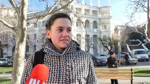 Севастопольцы рассказали, чем занимается Дед Мороз летом (ОПРОС «ИНФОРМЕРа»)
