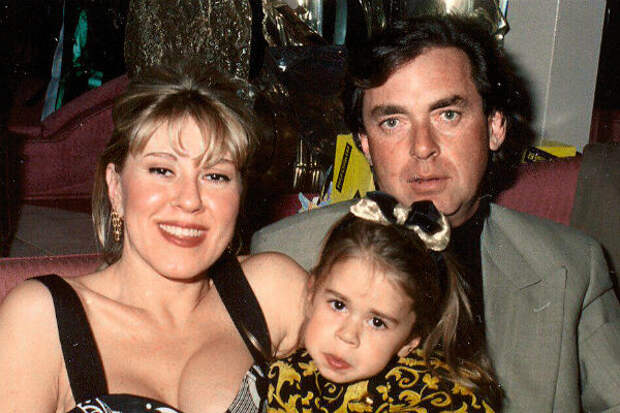 Муж променял Любовь Успенскую на бизнес в США и даже предложил развестись, но потом с дочерью случилось страшное и все изменилось