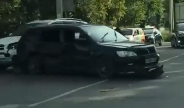 Жёсткое ДТП случилось на перекрёстке спечальной историей в Приморье