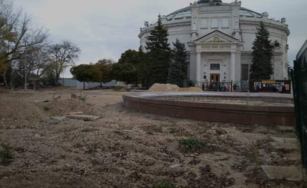 Историческому бульвару в Севастополе пришел «Меандр»