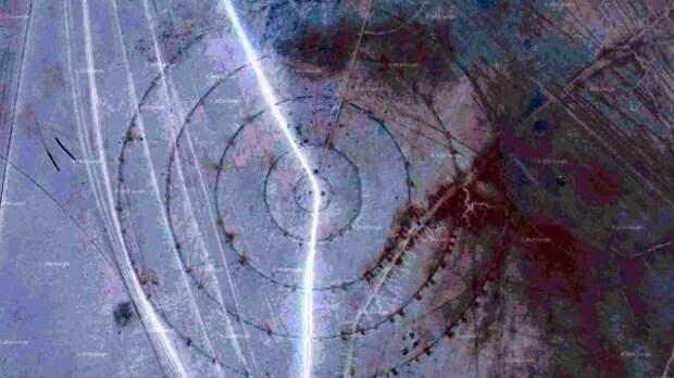 В высохшем озере возле Зоны 51 обнаружили странные круги