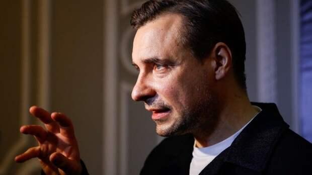 Евгений Цыганов удивил публику «Кинотавра» неожиданной сменой имиджа
