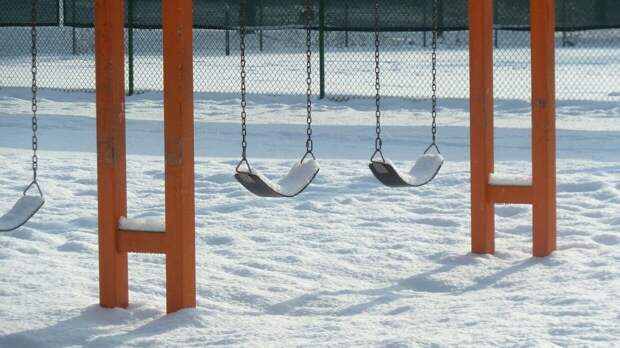 Ребенка подстрелили на детской площадке в Дзержинске