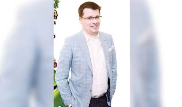 Разведенный Харламов переписал на шестилетнюю дочь дом за 100 млн рублей