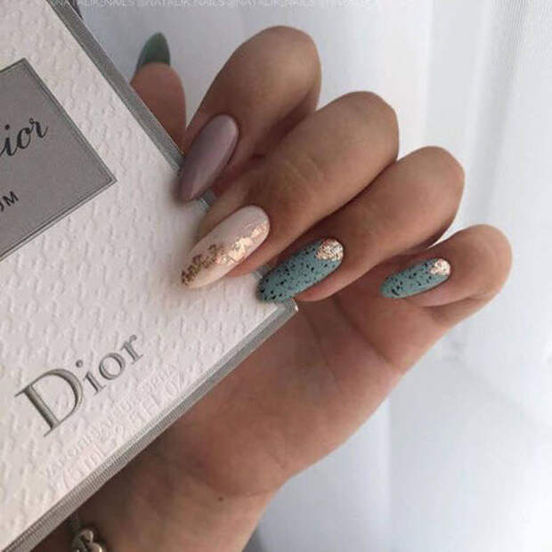 Дизайн ногтей миндаль 2021. Более 200 фото новинок модного и красивого маникюра. Часть 2
