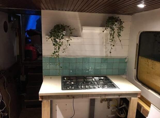 Хозяйка совместила кухню с гостиной аренда, баржа, великобритания, дом, жилье, ремонт, своими руками, фото