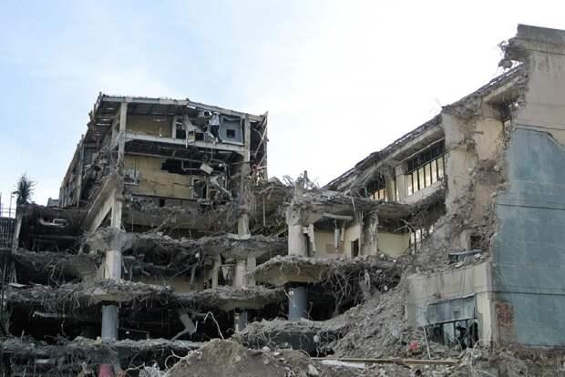 В США частично развалился жилой дом на 100 квартир