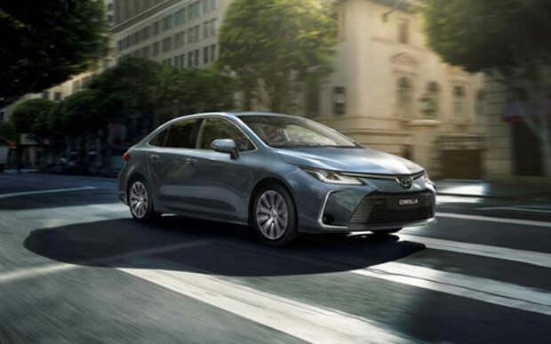 Новая Toyota Corolla появится в России со старым мотором