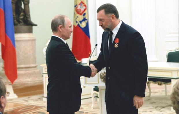 Олег Дерипаска после награждения в Кремле