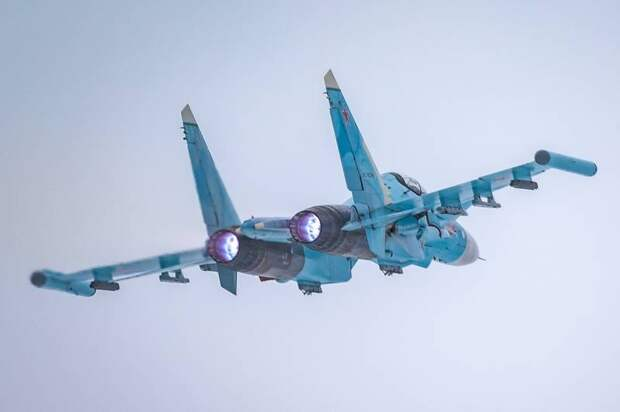 В НАТО: Русские лётчики не выходят на связь с европейскими авиадиспетчерами и не предоставляют план полёта