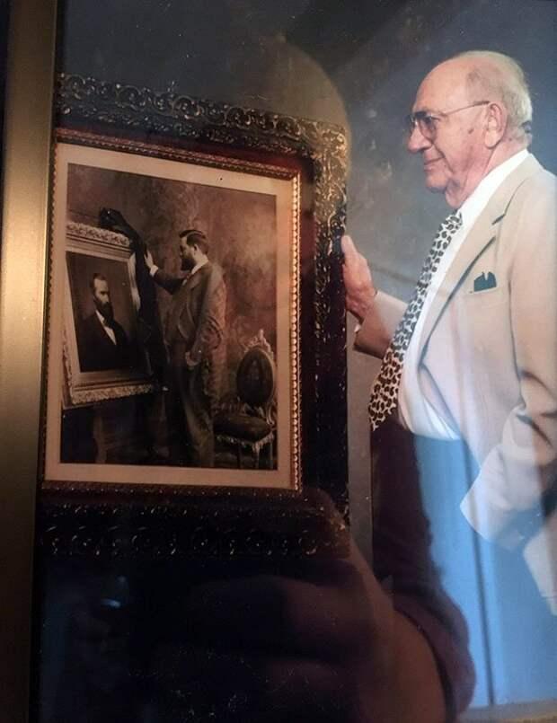 """3. """"У моей девушки есть снимок, на котором ее дедушка запечатлен с портретом своего дедушки, запечатленного с портретом своего дедушки"""" забавно, отцы, папы, подборка, приколы, смешно, фото, юмор"""