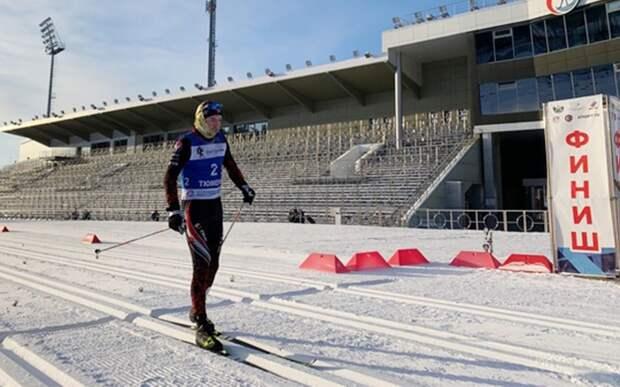 Российский лыжник Ившин выиграл золото в масс-старте на юниорском чемпионате мира