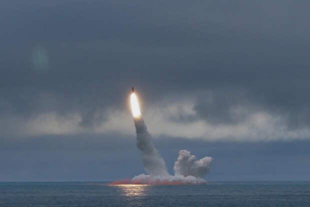 Первый запуск баллистической ракеты с подлодки состоялся 65 лет назад