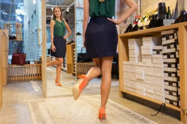 Рекомендовано ходить в примеряемой обуви до пятнадцати минут / Фото: yandex.ru