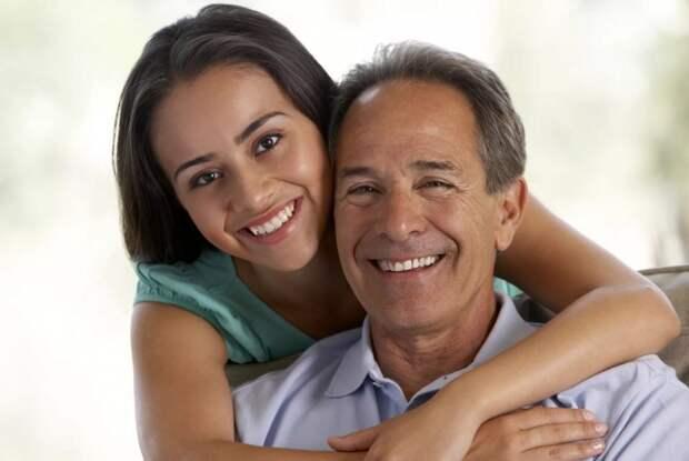 Снял дочери квартиру и переехал к ней от семьи: «Надо помочь ей устроиться»