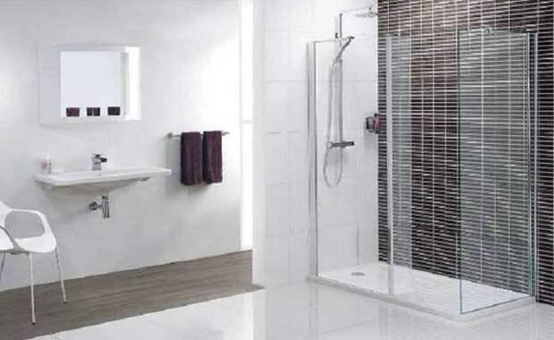 Декорирование ванной комнаты в черно-белых тонах позволит создать классическое настроение в интерьере.