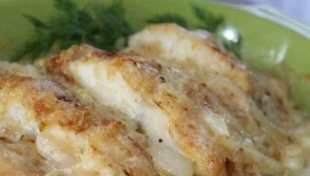 Ароматная рыба в духовке в сметане: сочный обед или ужин