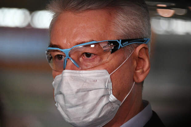 Sobyanin-in-Mask-2