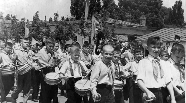 История и роль пионеров в СССР